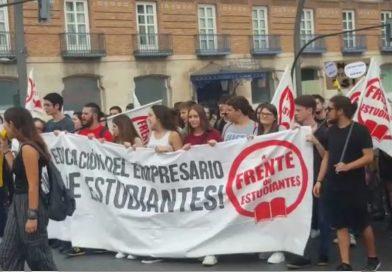 Protestas vecinales: día 38. Los estudiantes salen a la calle